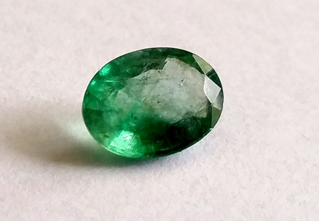 جوهرة حجر الزمرد