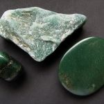 حجر اليشم - الخصائص وسبب التسمية والأساطير بالصور