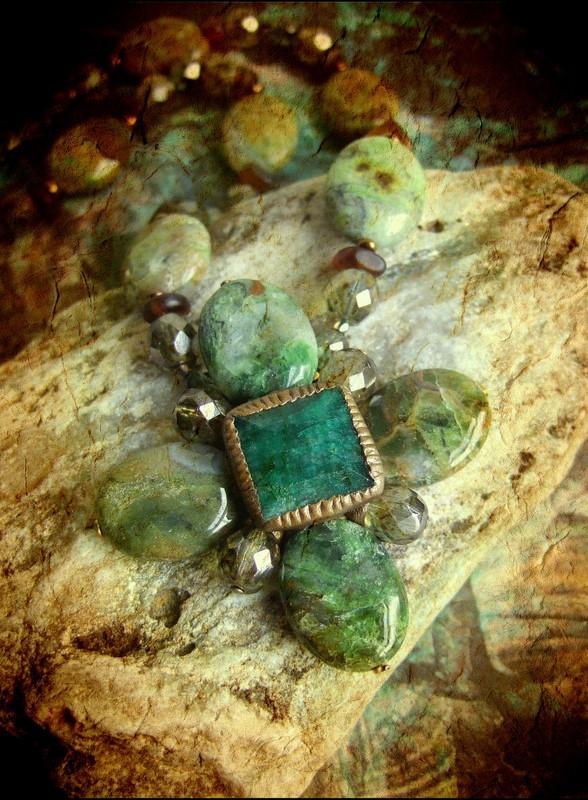 إستخدام حجر الزمرد في صناعة المجوهرات