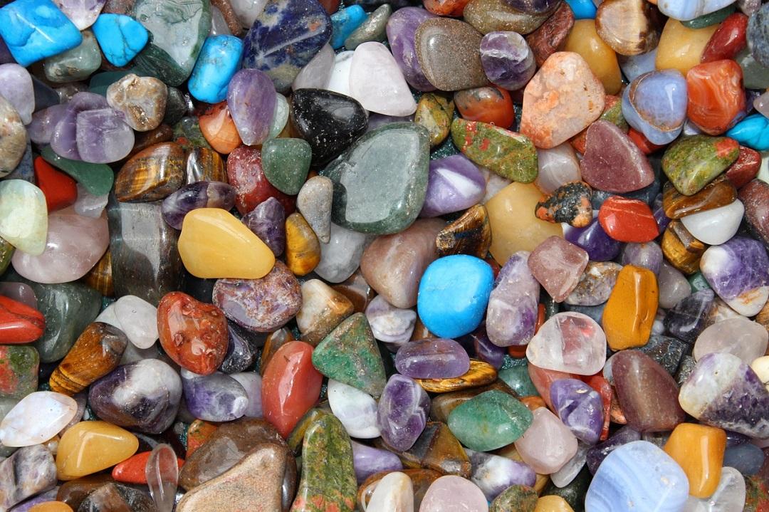 أسماء الأحجار الكريمة بالصور أحجار كريمة