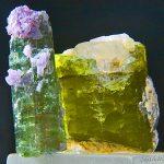حجر التورمالين - الخصائص والأنواع والأساطير بالصور