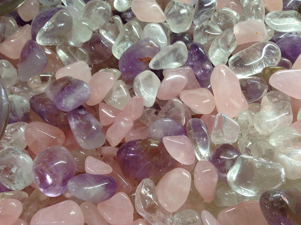 فوائد حجر الكوارتز: أصناف متنوعه من أحجار الكوارتز