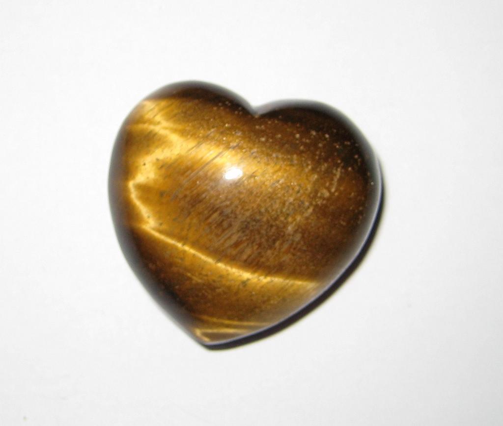 حجر عين النمر - شكل قلب