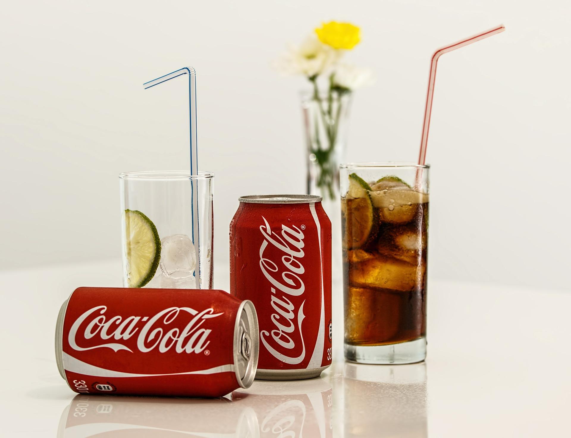 إستخدام المشروبات الغازية في تنظيف الفضة