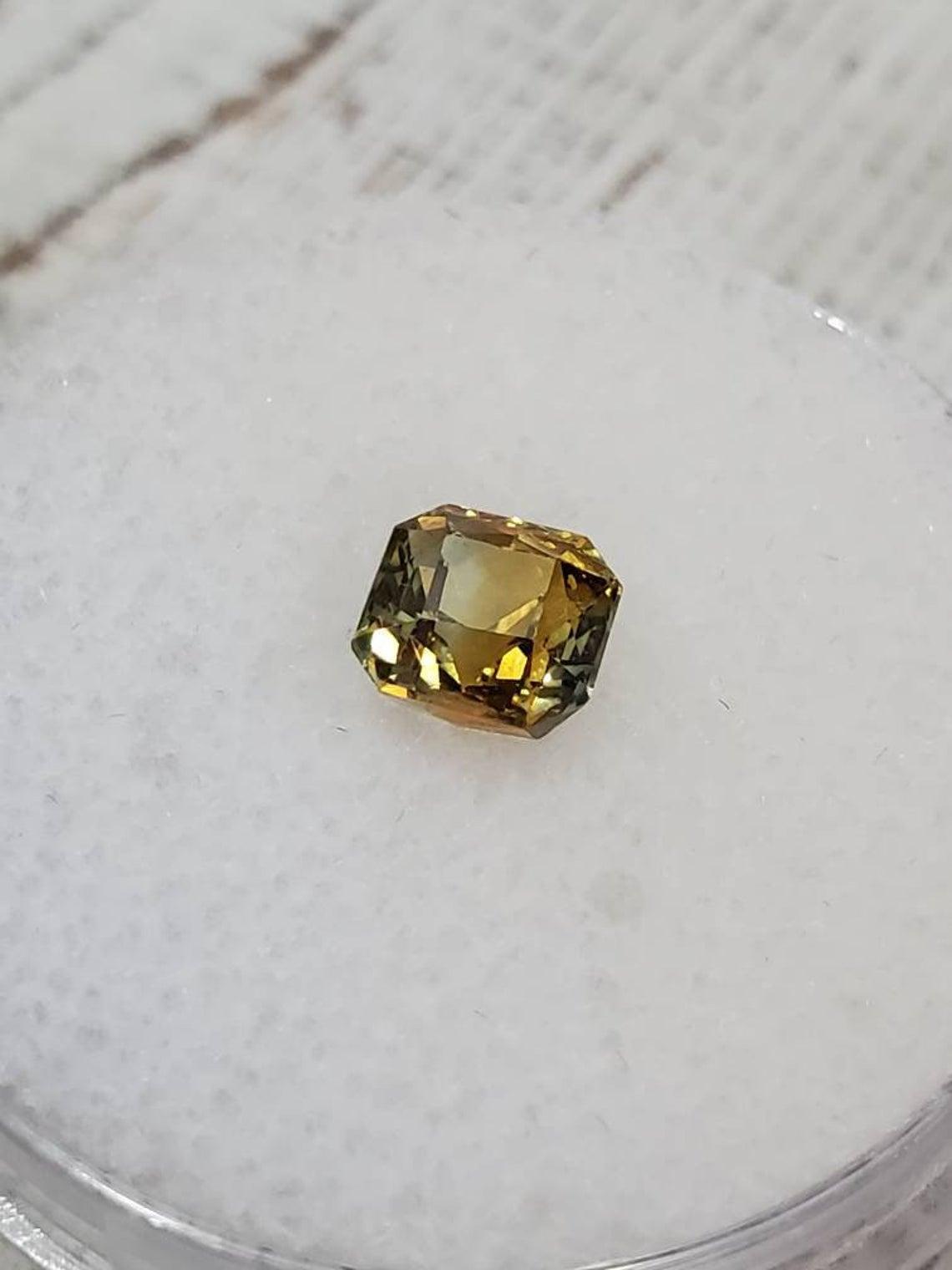 حجر الزفير الأصفر