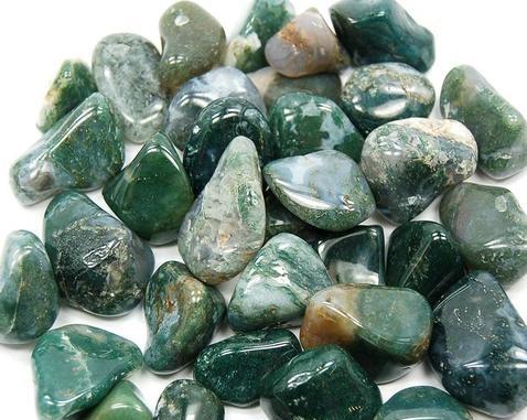 أحجار عقيق خضراء