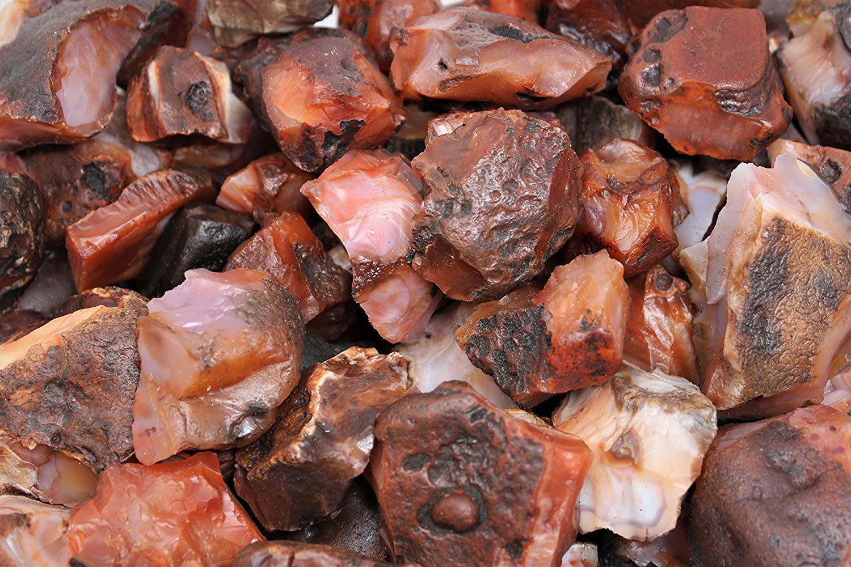 أحجار العقيق الأحمر الخام