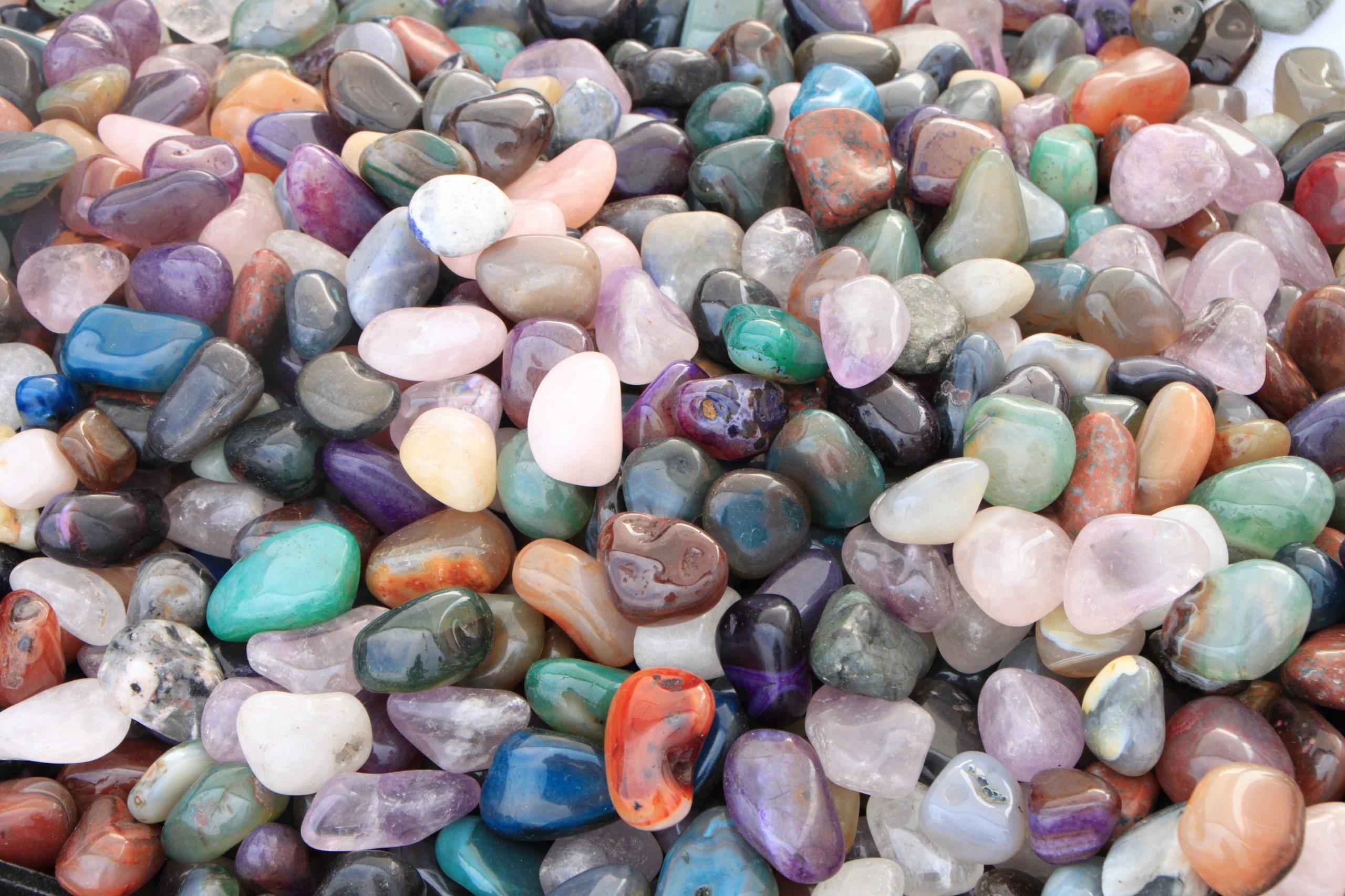 فوائد أحجار الطاقة